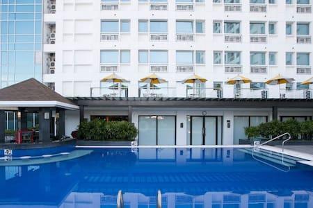 2 BDRM Condo in Cebu - opp Ayala. - Cebu City - Apartment