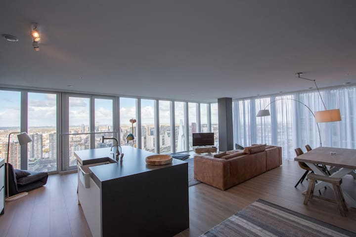 Spectacular Views apt. in Architectural Highlight - Rotterdam - Huoneisto