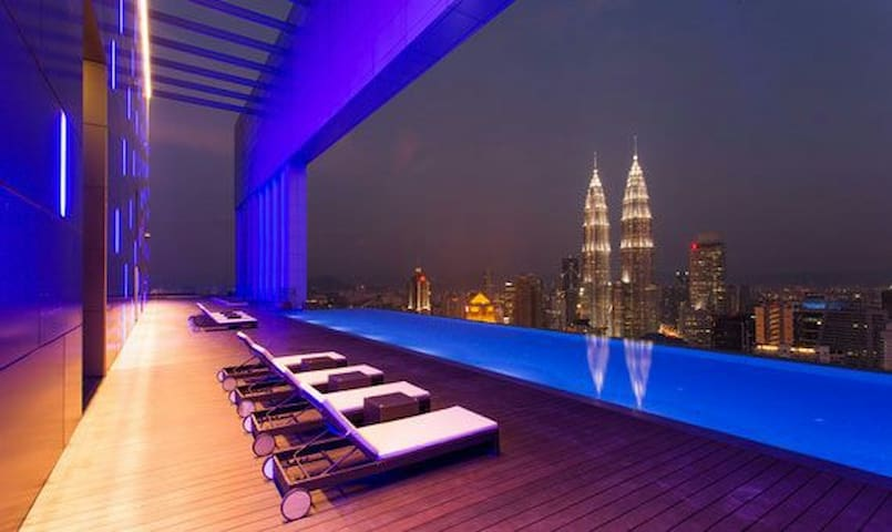 Valuable 2BR Suites  KL Twins Tower view Sky Deck