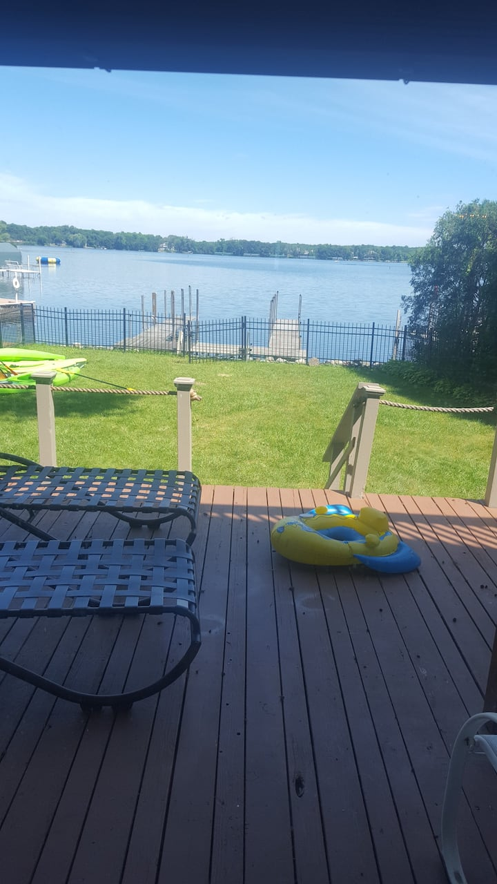Lake Minnetonka, Minnesota Retreat