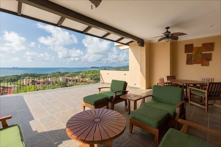 Malinche 526B Reserva Conchal Penthouse OCEAN VIEW