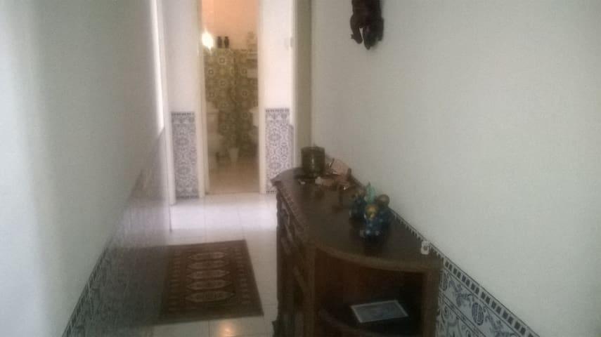 Quarto tranquilo e barato.Perto de Lisboa e Sintra - Amadora - Wohnung