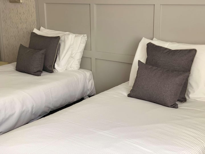 Essential and Business Travel Only: Wonderful Double Two Beds At Lenham