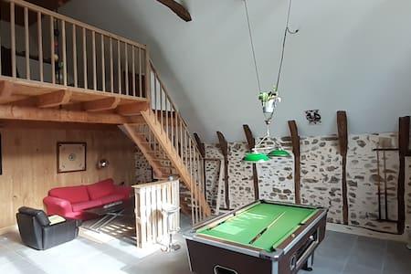 Chas Matrou' Grange rénovée,billard, près Dordogne