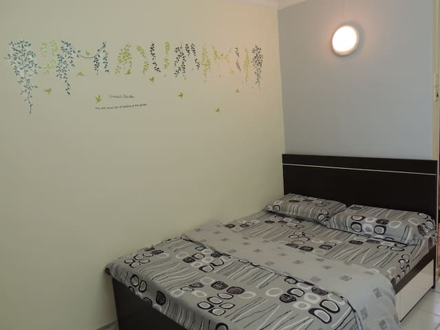 Tak Shing Resort House 5B4 - Hong Kong