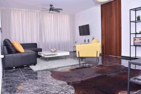 H1-3 Best Location in Santiago 10 min from Airport