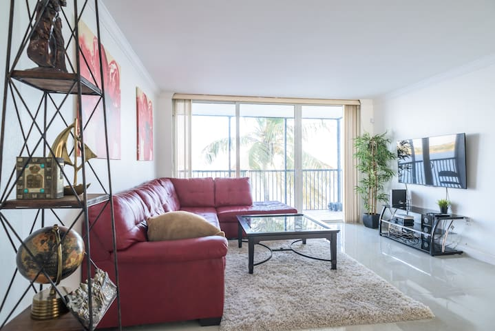 LUXURIOUS MIAMI MODERN PRIVATE ROOM!!(WATER VIEW) - Miami - Pis