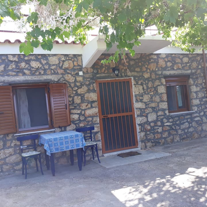 Sparta Githion Politimi 's Village House