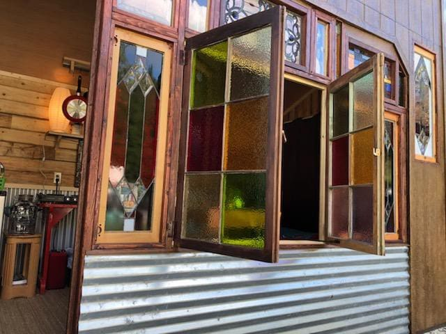 Montana Stained Glass Cabin near  the River