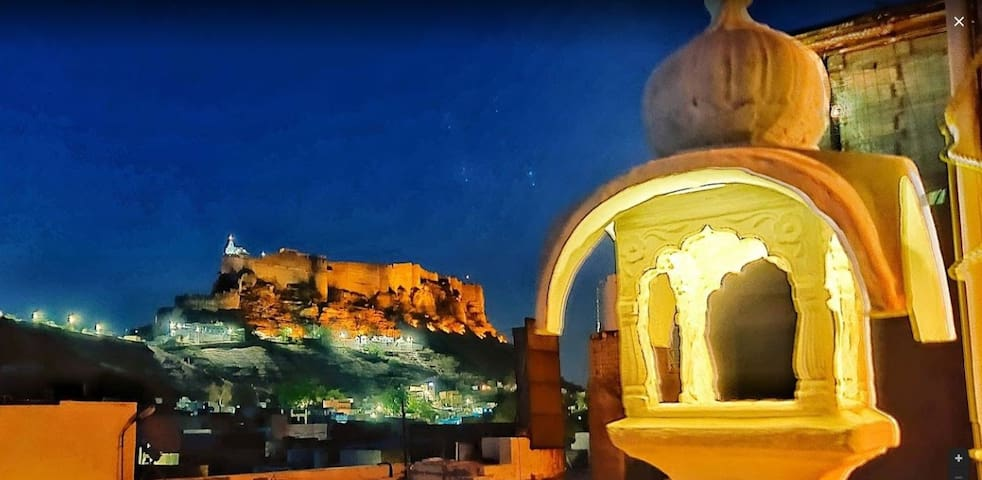 CASA DE JODHPUR - Heritage Home Stay with 5 rooms.