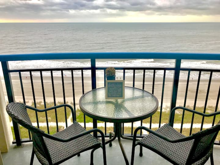 Fully Remodeled/Oceanfront/Pristine/Boardwalk