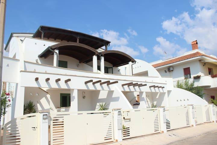 Nouveau apartement avec vue sur mer