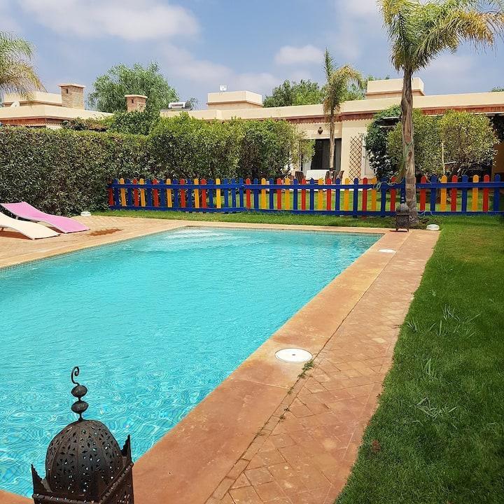Belle villa à l'Orangeraie avec jardin et piscine