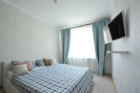 Современная квартира комфорт-класса с видом на лес