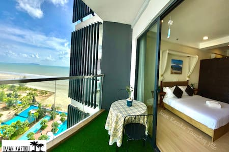 New! Pool & Sea View & Wifi @ Iman Kazoku TimurBay