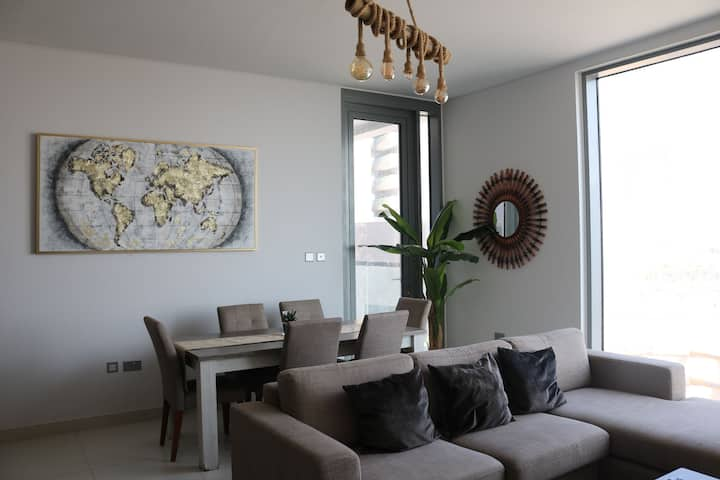 Beautiful 2bhk Sea View Apartmnt in Al Reem Island