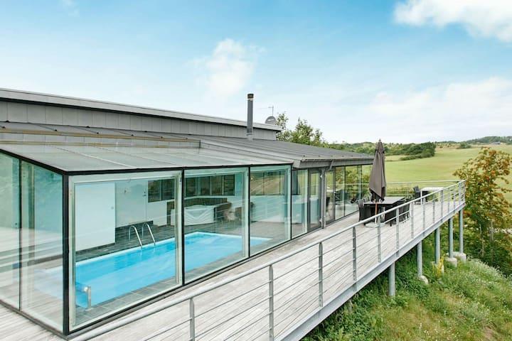 Lujosa casa de vacaciones con piscina en Jutlandia