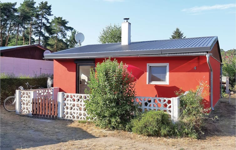 Holiday cottage with 1 bedroom on 40m² in Bellin