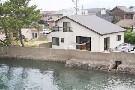 """STAY in KARATSU""    1.8Km from downtown Karatsu"