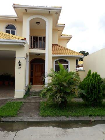 Habitaciones San Pedro Sula