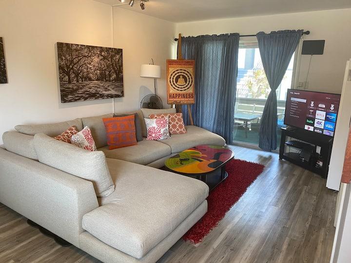Walk to UCLA! Charming & Quiet One Bedroom Retreat