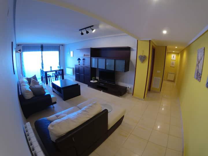 Amplio piso familiar (4+4) Port Aventura/Salou 5km