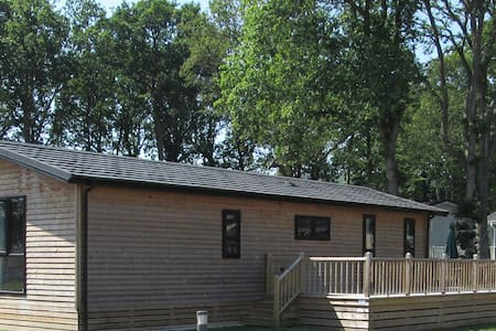 2 Bedroom Lodge at Woodlands Park - Hastings