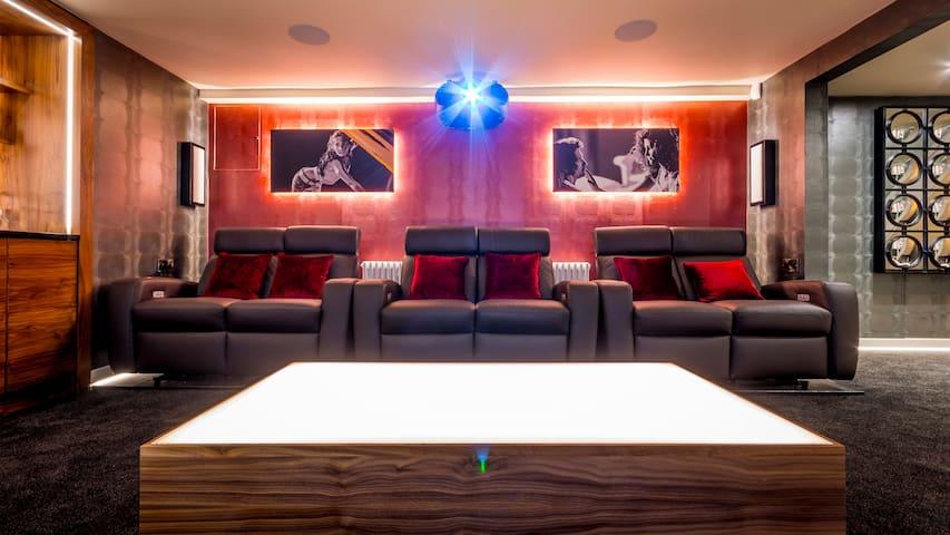 Cinema Room - Love Seats