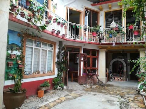 Alojamiento en Oaxaca, Habitación en Casa Antigua