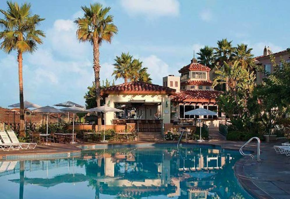 Main Pool/Restaurant