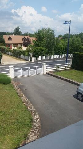 Maison spacieuse proche circuit 24h - Moncé-en-Belin