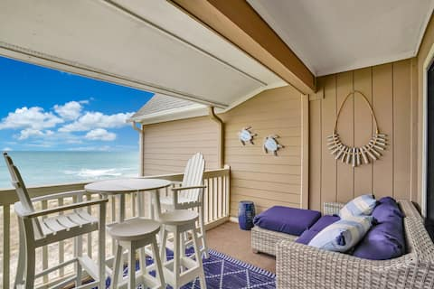 Updated Oceanfront Condo w/ Pool & Large Deck