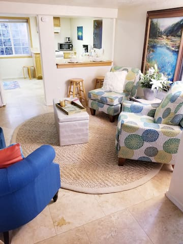 Living room with 2 recliners and love seat