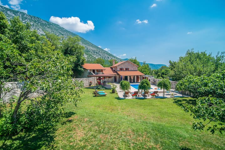 Stone House Villa Prelec with Private Pool