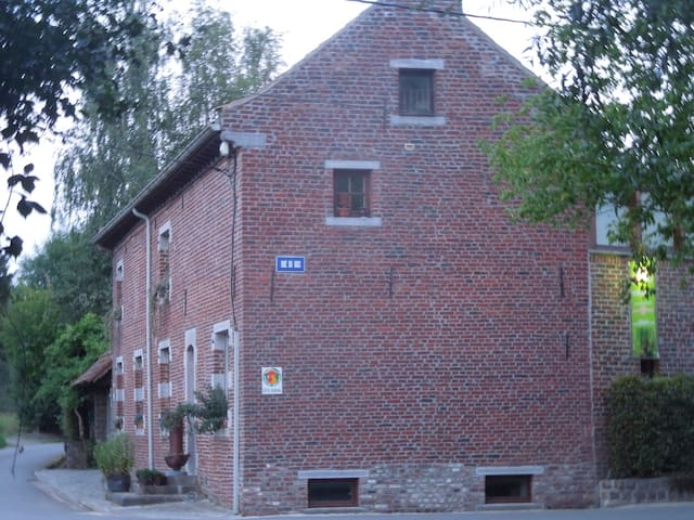 L'Ermitage - Gîte rural familial - Quévy - Casa