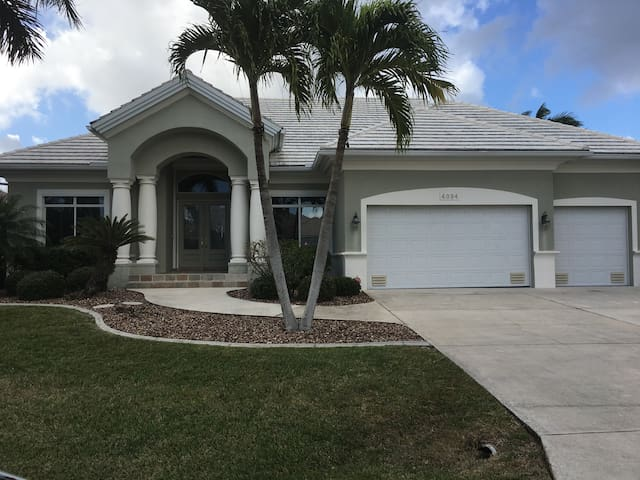 Luxury hm/Canal/Pool/Spa/Boat lift - Punta Gorda - Haus