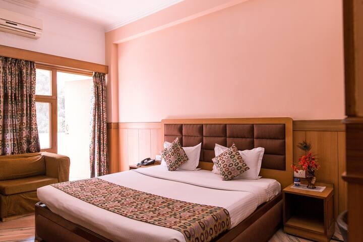 Hotel Buddha Deluxe Room