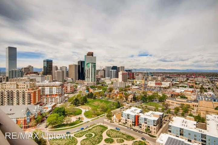 Luxury Uptown Condo with Mountain & City Views