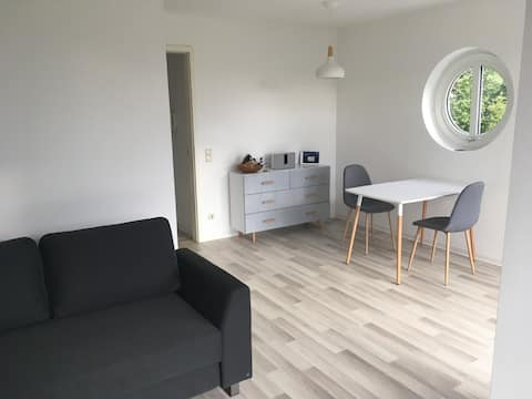 Lichtdurchflutetes Apartment im Grünen