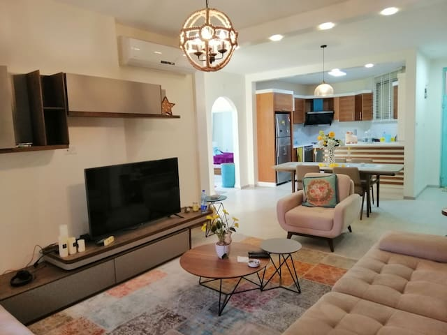 Cozy & Lovely Modern Furnished Apartment in Hebron