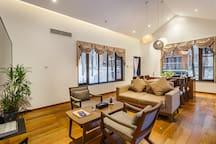 木字房客厅