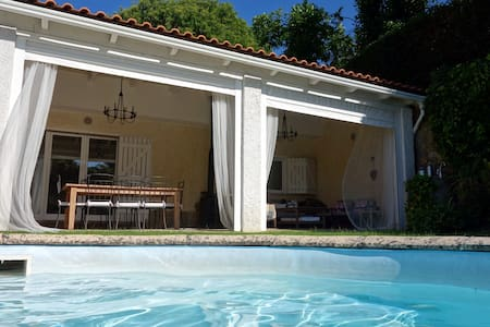 Pool guesthouse in Sintra - Sintra