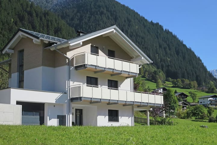 Comfortable Apartment in Gaschurn near Ski Area