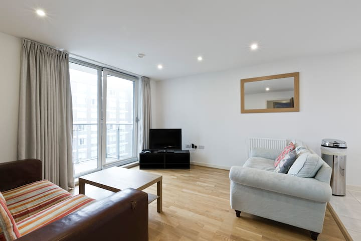 Modern one-bed Apartment in West London - Londen - Appartement