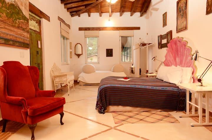 """Increíble Suite """"La Virgen"""" con vista de Malinalco"""