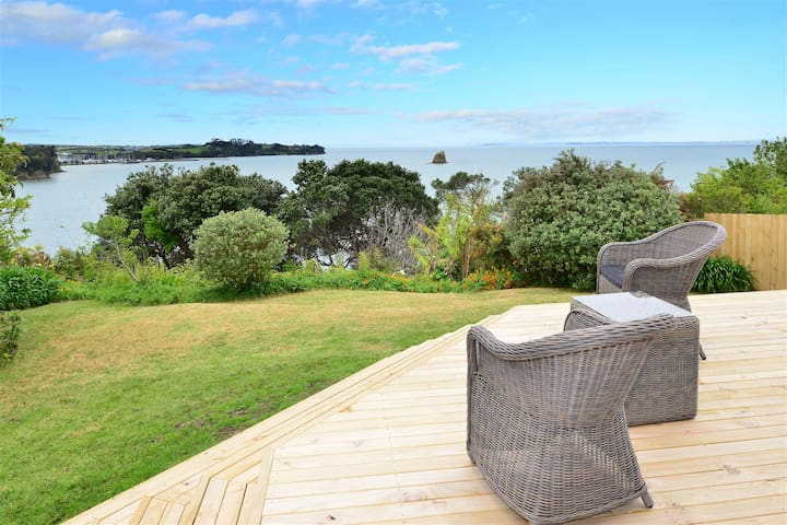 Matakatia Bay Clifftop Retreat - Whangaparaoa - Rumah