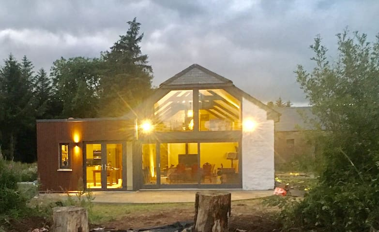 Stone Irish farmhouse BEAUTIFULLY  modernised.