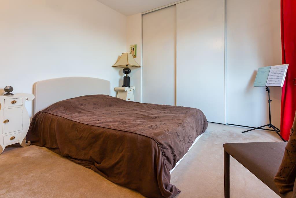 Levallois suite parentale dans penthouse 120 guest - Chambre d hote levallois perret ...