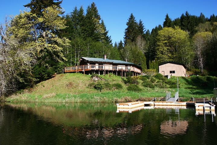 Water Front House at Loon Lake Lodge