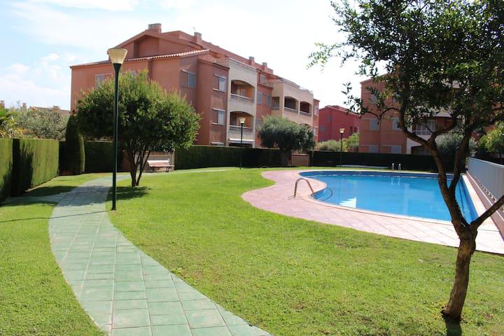 Marina St Jordi - Bajos gran terraza, piscina. 6/7